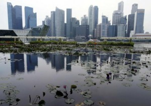 20150804_Reuters_Singaporeskyline